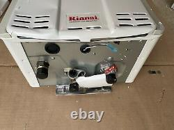 Rinnai V65EN 6.5 GPM Exterior Natural Gas Tankless Water Heater WithRemote (DENT)