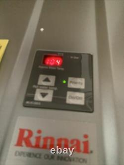 Rinnai Ru199in 11 Gpm 199 000 Btu Chauffe-eau Sans Réservoir De Gaz Naturel S-8