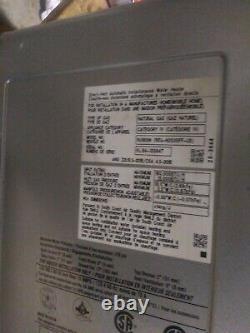 Ru160in 160.000 Btu, Condensing Indoor Tankless Water Heater Avec Valve De Pompe